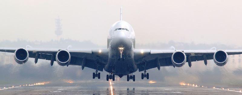Naik Pesawat Terbang Itu Jauh Lebih Aman daripada Naik Mobil
