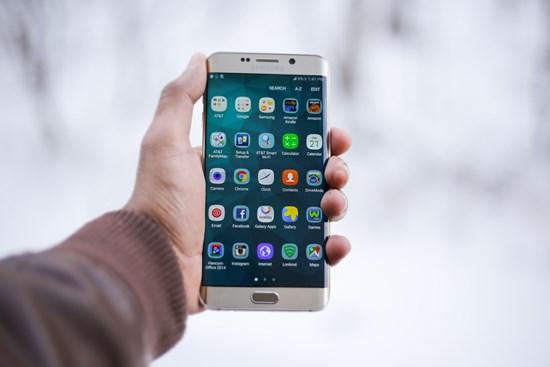 Aplikasi Android Yang Mengandung Malware