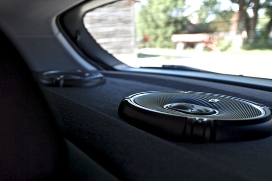 Jenis Modifikasi Audio Mobil