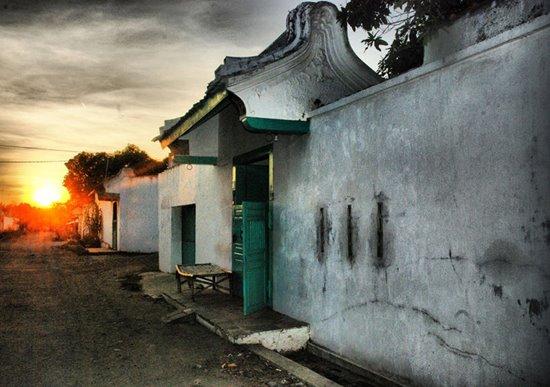 Bangunan kuno di kampung Pecinan Karangturi Lasem